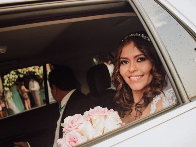 La boda de Luis Guillén y Gissell Gómez en Tapachula, Chiapas 14