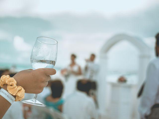 La boda de Hery y Brenda en Cancún, Quintana Roo 24