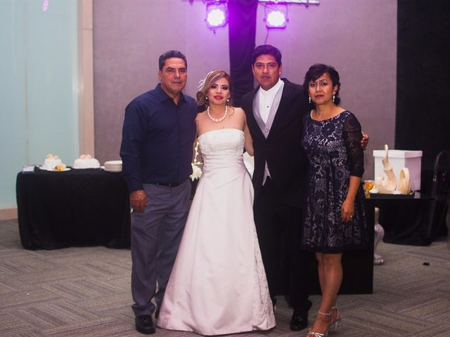 La boda de Oswaldo y Nancy en Monterrey, Nuevo León 12