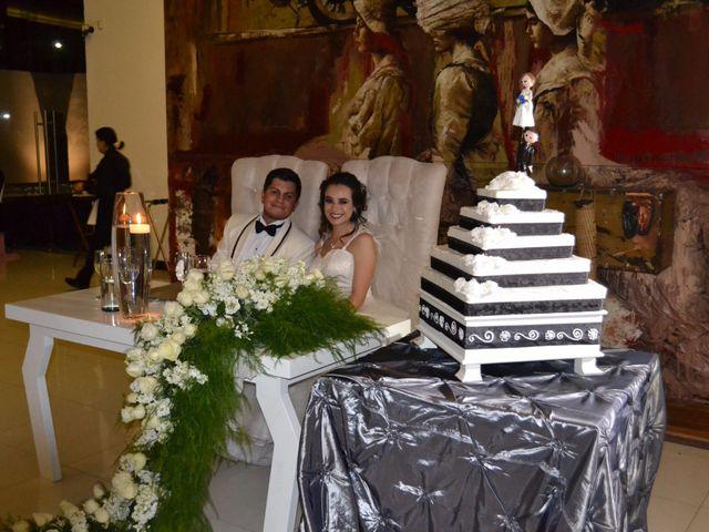 La boda de Rafael  y Dulce Karina  en Aguascalientes, Aguascalientes 4
