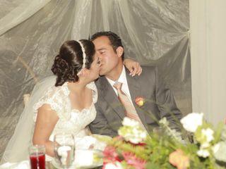La boda de Bernardo y Ezzereli