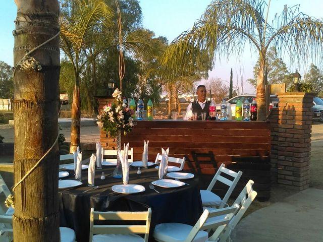La boda de  Valentín y América en Aguascalientes, Aguascalientes 10