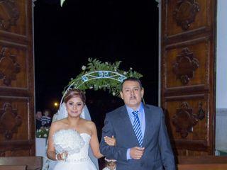 La boda de Mónica Lizbeth y Carlos Gilberto 3