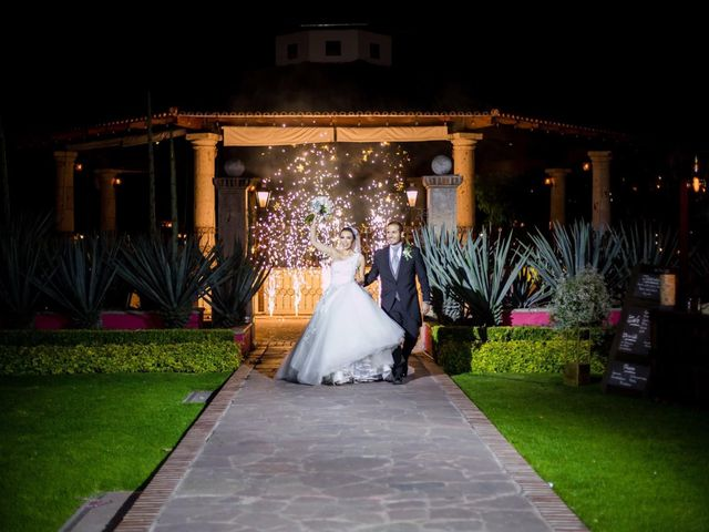 La boda de José Ángel  y Gaby en Tlajomulco de Zúñiga, Jalisco 18