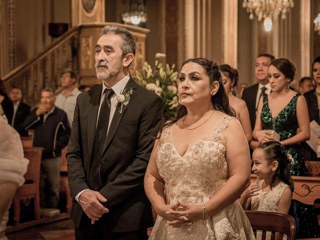 La boda de Cristopher  y Wendy en Morelia, Michoacán 32