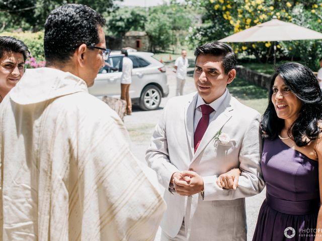 La boda de Efrén y Alexandra en Jiutepec, Morelos 33