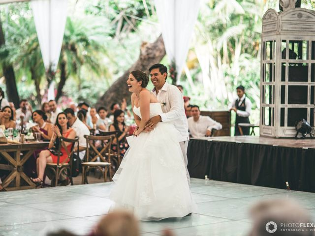 La boda de Efrén y Alexandra en Jiutepec, Morelos 56