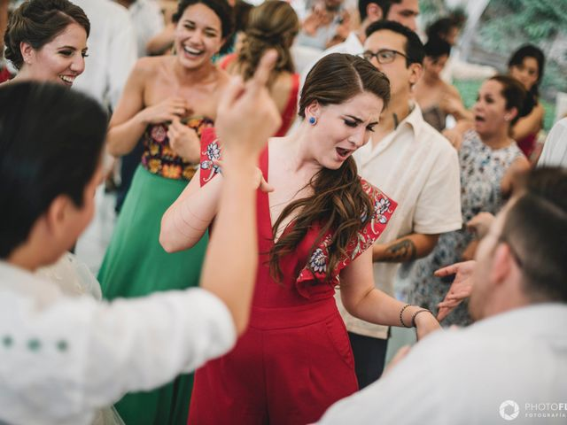 La boda de Efrén y Alexandra en Jiutepec, Morelos 64
