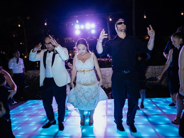 La boda de Kimberly y Malivann en Isla Mujeres, Quintana Roo 42
