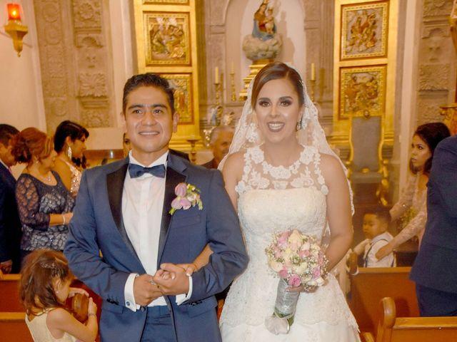 La boda de Fernando y Daniela en Tlajomulco de Zúñiga, Jalisco 32