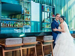 La boda de Adriana y Roy