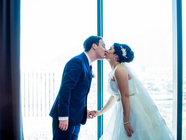 La boda de Roy y Adriana en Monterrey, Nuevo León 12