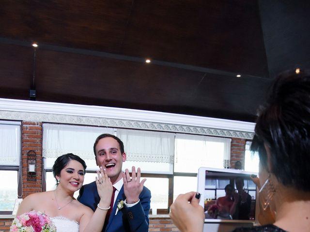 La boda de Roy y Adriana en Monterrey, Nuevo León 32