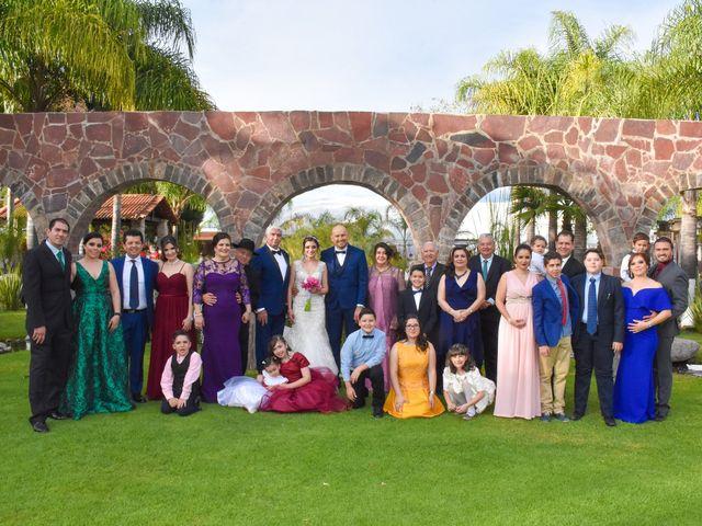 La boda de Julio y Estefany en Tlajomulco de Zúñiga, Jalisco 24