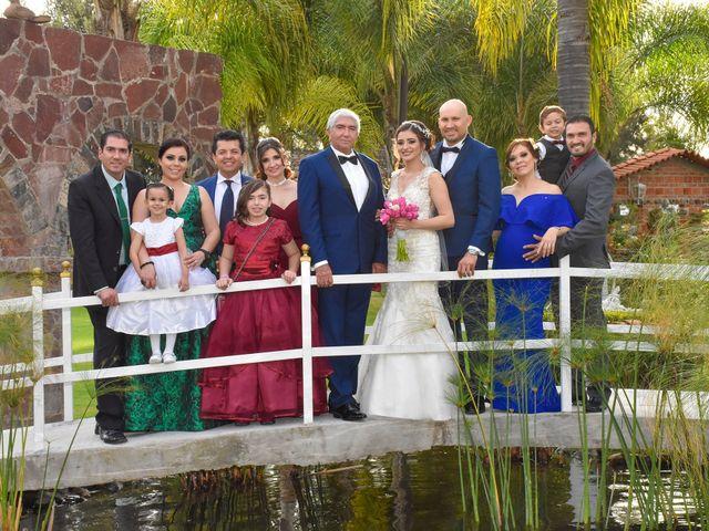 La boda de Julio y Estefany en Tlajomulco de Zúñiga, Jalisco 25