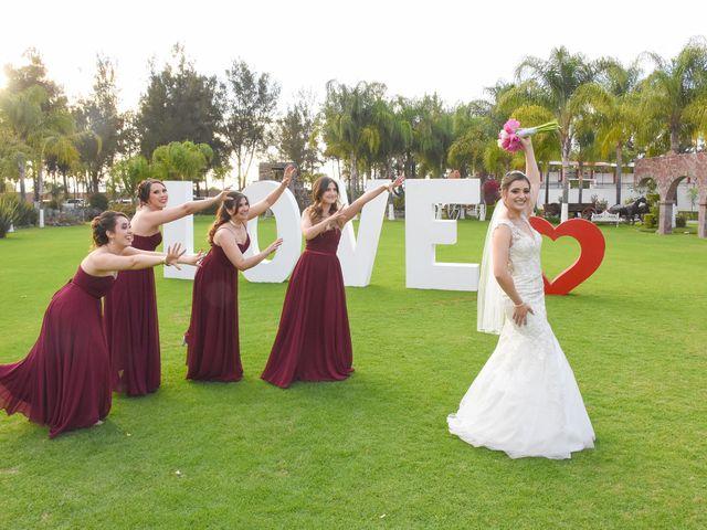 La boda de Julio y Estefany en Tlajomulco de Zúñiga, Jalisco 28