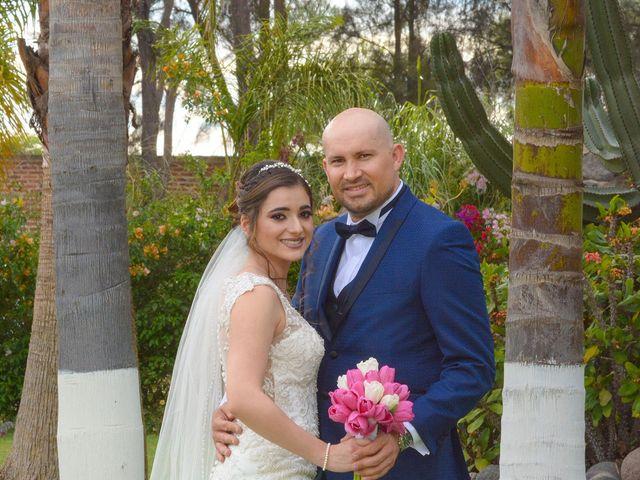 La boda de Julio y Estefany en Tlajomulco de Zúñiga, Jalisco 29
