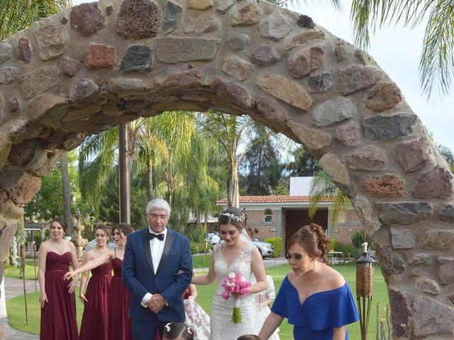 La boda de Julio y Estefany en Tlajomulco de Zúñiga, Jalisco 33