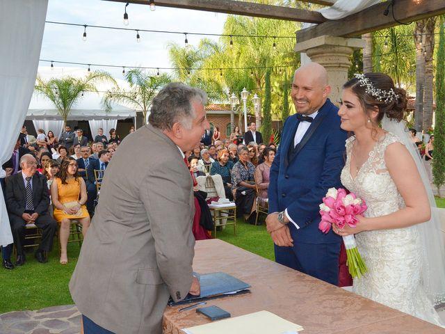 La boda de Julio y Estefany en Tlajomulco de Zúñiga, Jalisco 35