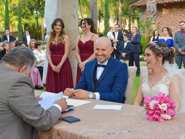 La boda de Julio y Estefany en Tlajomulco de Zúñiga, Jalisco 36