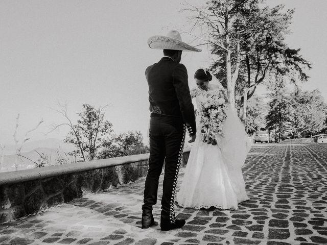 La boda de Alfonso y Alejandra en Pátzcuaro, Michoacán 22