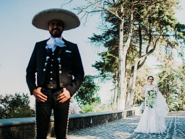 La boda de Alfonso y Alejandra en Pátzcuaro, Michoacán 32