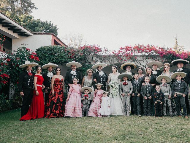 La boda de Alfonso y Alejandra en Pátzcuaro, Michoacán 43