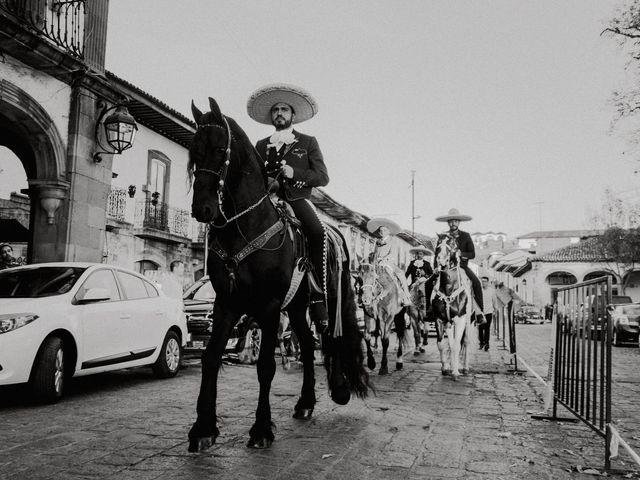 La boda de Alfonso y Alejandra en Pátzcuaro, Michoacán 47