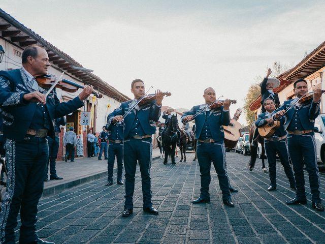 La boda de Alfonso y Alejandra en Pátzcuaro, Michoacán 50