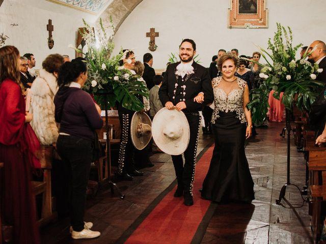 La boda de Alfonso y Alejandra en Pátzcuaro, Michoacán 58