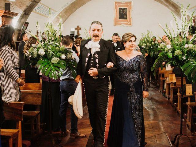 La boda de Alfonso y Alejandra en Pátzcuaro, Michoacán 60