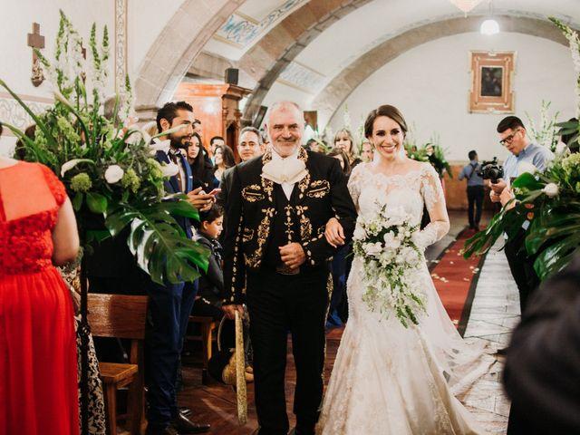 La boda de Alfonso y Alejandra en Pátzcuaro, Michoacán 65