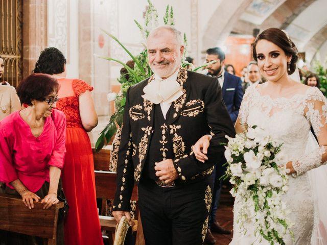 La boda de Alfonso y Alejandra en Pátzcuaro, Michoacán 66
