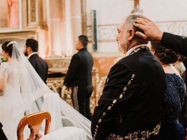 La boda de Alfonso y Alejandra en Pátzcuaro, Michoacán 71
