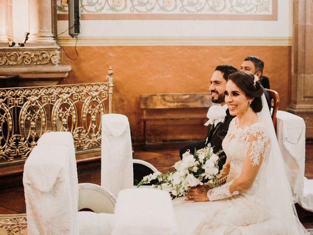 La boda de Alfonso y Alejandra en Pátzcuaro, Michoacán 75