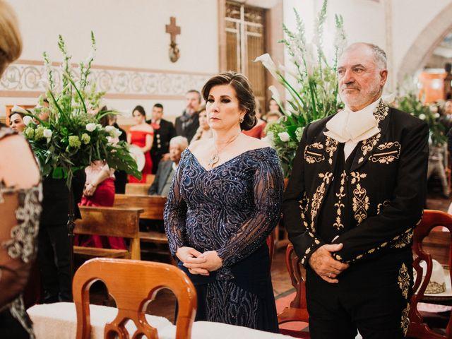 La boda de Alfonso y Alejandra en Pátzcuaro, Michoacán 77