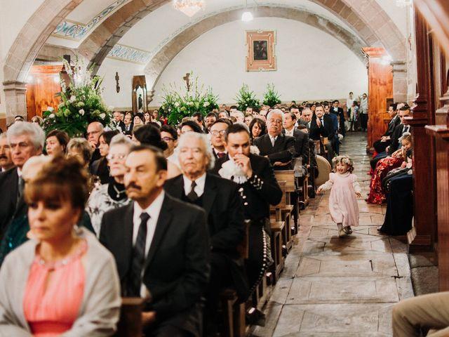 La boda de Alfonso y Alejandra en Pátzcuaro, Michoacán 79