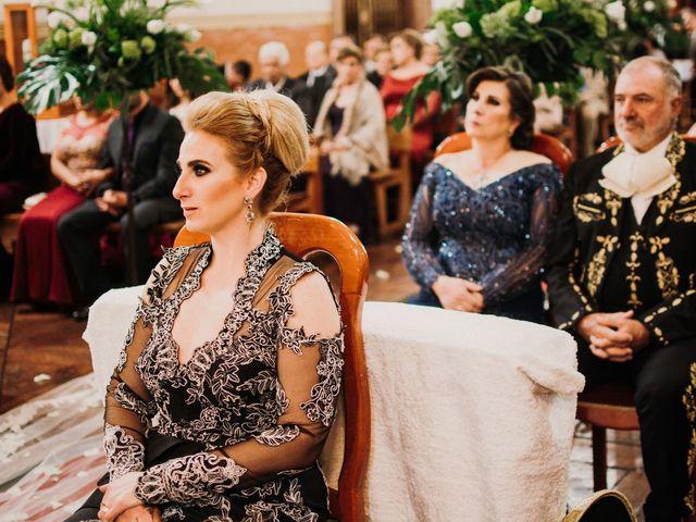 La boda de Alfonso y Alejandra en Pátzcuaro, Michoacán 80