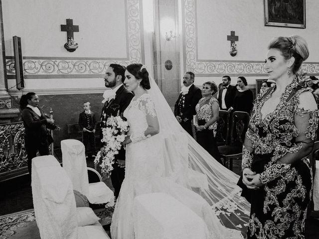 La boda de Alfonso y Alejandra en Pátzcuaro, Michoacán 81