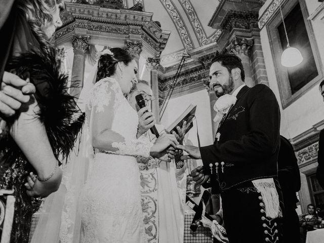 La boda de Alfonso y Alejandra en Pátzcuaro, Michoacán 83