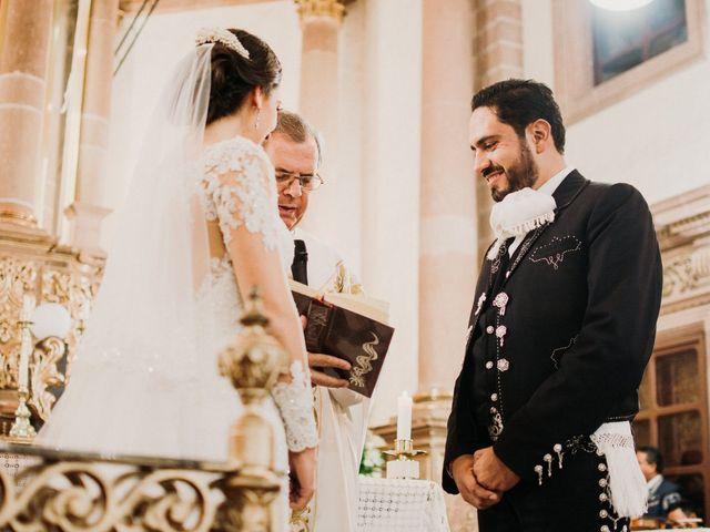 La boda de Alfonso y Alejandra en Pátzcuaro, Michoacán 87