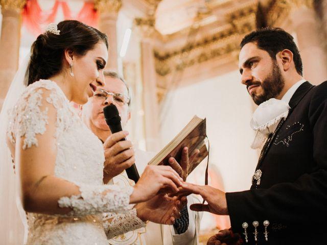 La boda de Alfonso y Alejandra en Pátzcuaro, Michoacán 93