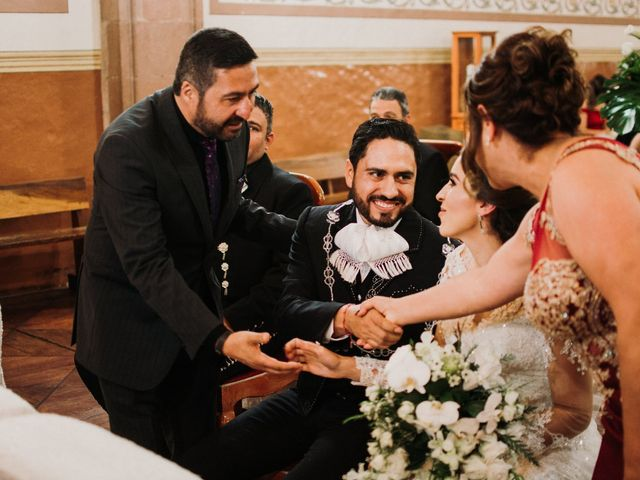 La boda de Alfonso y Alejandra en Pátzcuaro, Michoacán 95