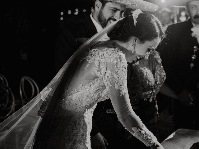La boda de Alfonso y Alejandra en Pátzcuaro, Michoacán 101