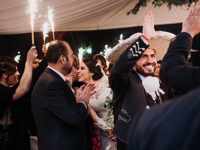 La boda de Alfonso y Alejandra en Pátzcuaro, Michoacán 114