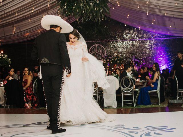 La boda de Alfonso y Alejandra en Pátzcuaro, Michoacán 131