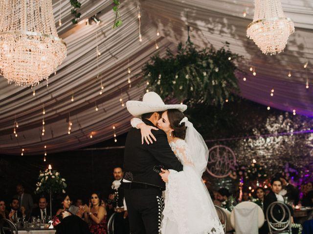 La boda de Alfonso y Alejandra en Pátzcuaro, Michoacán 132