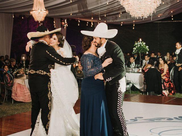 La boda de Alfonso y Alejandra en Pátzcuaro, Michoacán 133