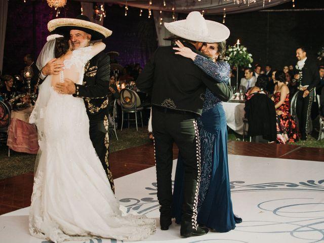 La boda de Alfonso y Alejandra en Pátzcuaro, Michoacán 134