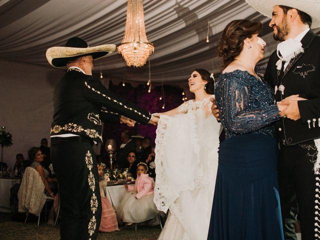 La boda de Alfonso y Alejandra en Pátzcuaro, Michoacán 136